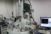 サーマル電界放出形走査電子顕微鏡